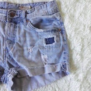 H&M distressed boyfriend shorts